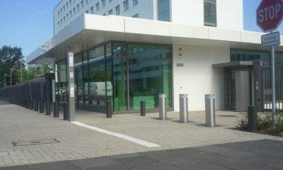 Hochsicherheitspoller an Pforte UN Campus Bonn